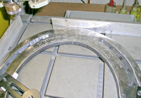 Gravur auf Metall